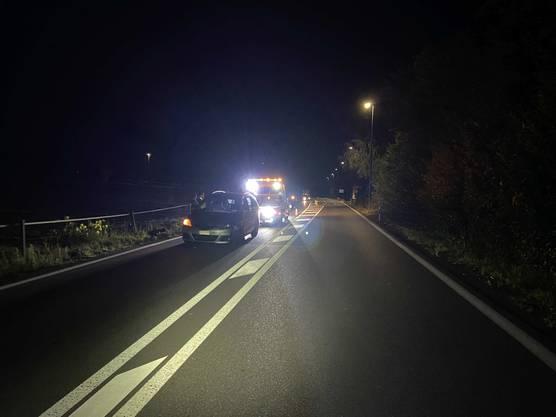 Der Unfall passierte auf einer Ausserortsstrecke.