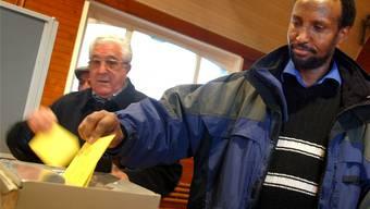Das Zürcher Stimmvolk will weiterhin kein Ausländerstimmrecht (Symbolbild)