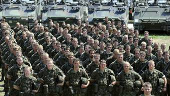Die BBC berichtet über die Schweizer Armee