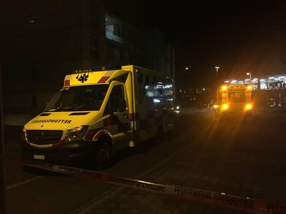 Vor Ort an der Hinteren Dammstrasse waren mehrere Ambulanzen, auch aus Deutschland.