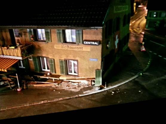 Das beschädigte Restaurant.