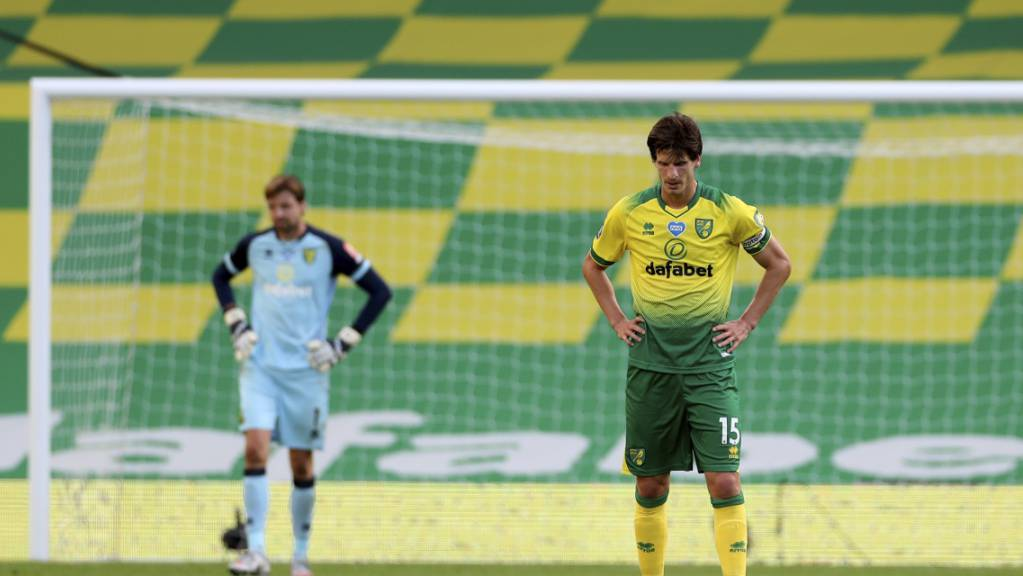 Die Köpfe hängen schon: Für Timm Klose und die Mannschaft von Norwich City besteht kaum mehr Hoffnung auf den Ligaerhalt
