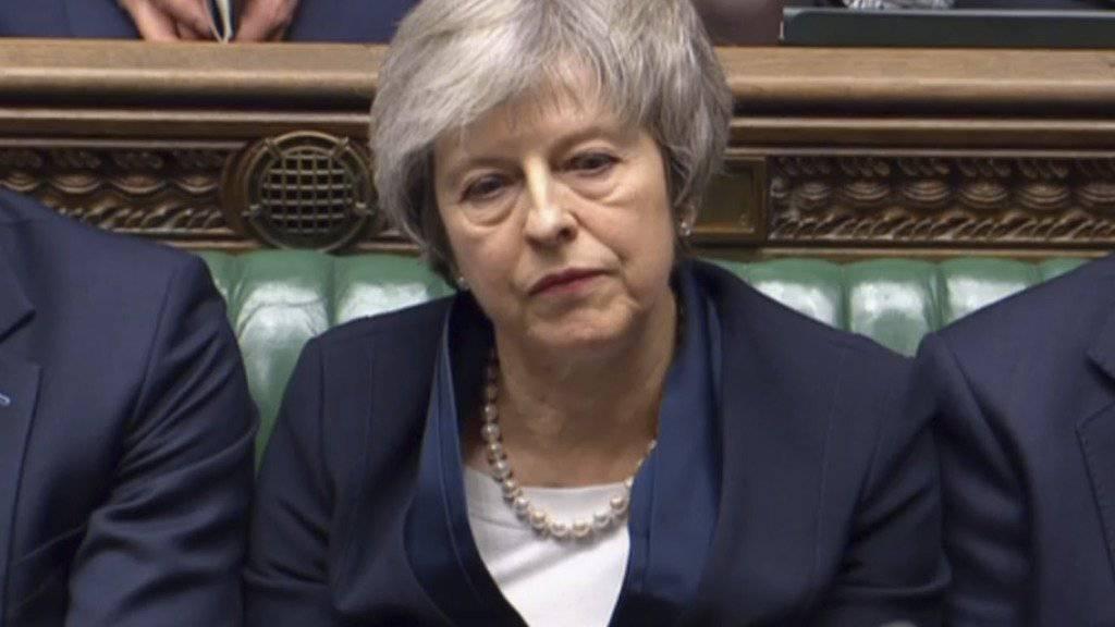 Nachdem die britische Premierministerin Theresa May am Dienstagabend die Abstimmung im Unterhaus für ihren ausgehandelten Brexit-Deal deutlich verloren hat, muss sie sich am kommenden Mittwoch einem Misstrauensantrag der oppositionellen Labour-Partei stellen.
