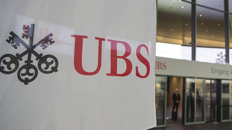 Das Bundesgericht muss darüber befinden, ob Tausende von Kundendaten der UBS im Rahmen der Amtshilfe an Frankreich geliefert werden dürfen. (Archivbild)