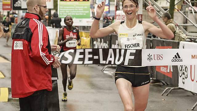 Sabine Fischer feiert ihren grössten Erfolg der Saison 2012.
