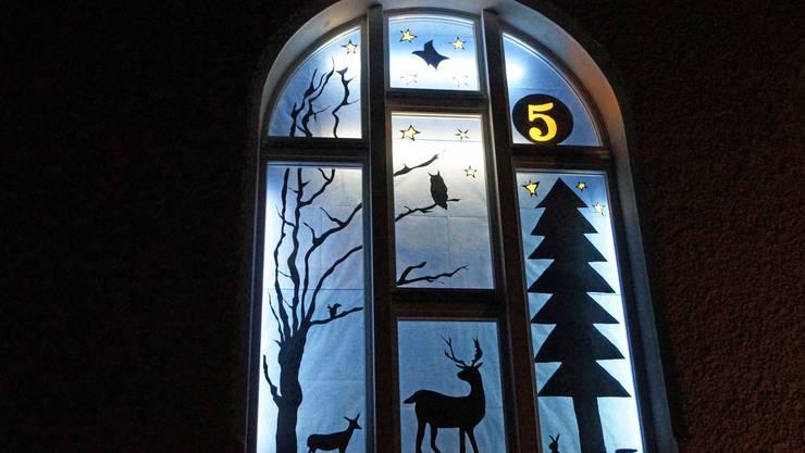 Prächtiges Adventsfenster