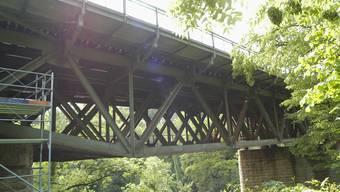 Eisenbahnbrücke zwischen Wettingen und Baden. 02.2206.2006.