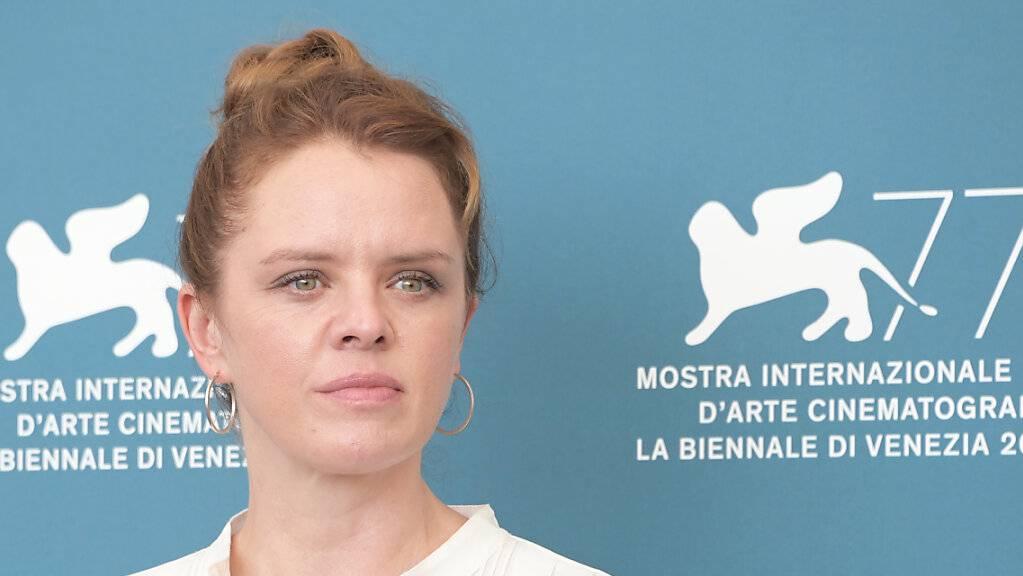 Julia von Heinz, Regisseurin aus Deutschland, an einem Medientermin.
