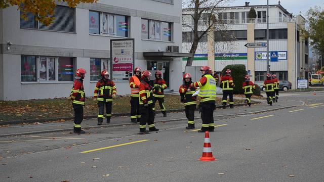 Aus brennenden Gebäuden gerettet: Hauptübung der Feuerwehr Windisch-Habsburg-Hausen