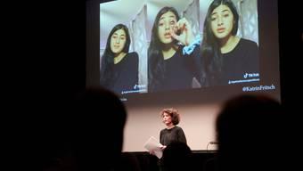 Am «Aha!»-Festival im Luzerner Südpol beantworten Experten Fragen. Anfangs Jahr sprach hier die Datenwissenschafterin Katrin Fritsch.