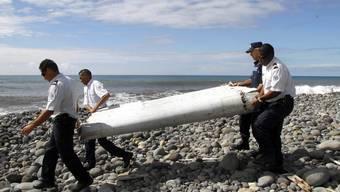 Das auf La Réunion im Indischen Ozean gefundene Flugzeug-Wrackteil gehört offenbar tatsächlich zu einer Boeing 777