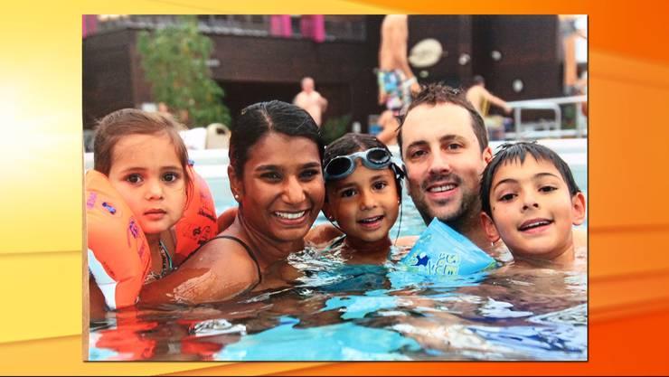 Sarah Ramani Ineichen heute mit ihrem Mann und ihren drei Kindern.