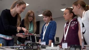 Mädchen übernehmen derzeit die Hochschule für Technik