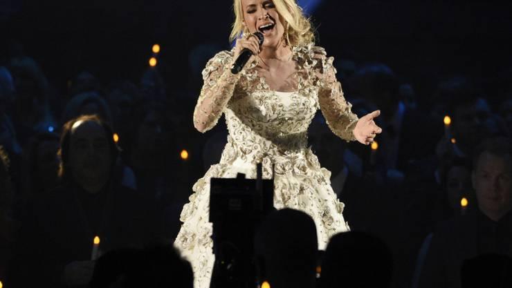 Die US-amerikanische Sängerin Carrie Underwood hat im November 2017 bei einem Sturz das Handgelenk gebrochen. (Archiv)