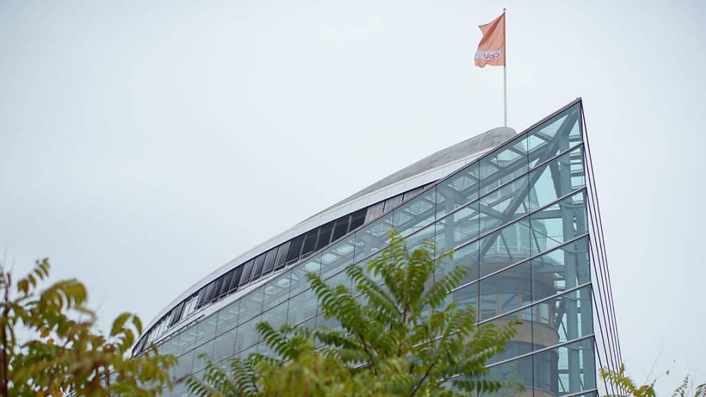 ARCHIV - Auch hier sind die Umfragewerte der Landesverbände ein Thema: Das Konrad-Adenauer-Haus in Berlin - die Parteizentrale der CDU. Foto: Gregor Fischer/dpa