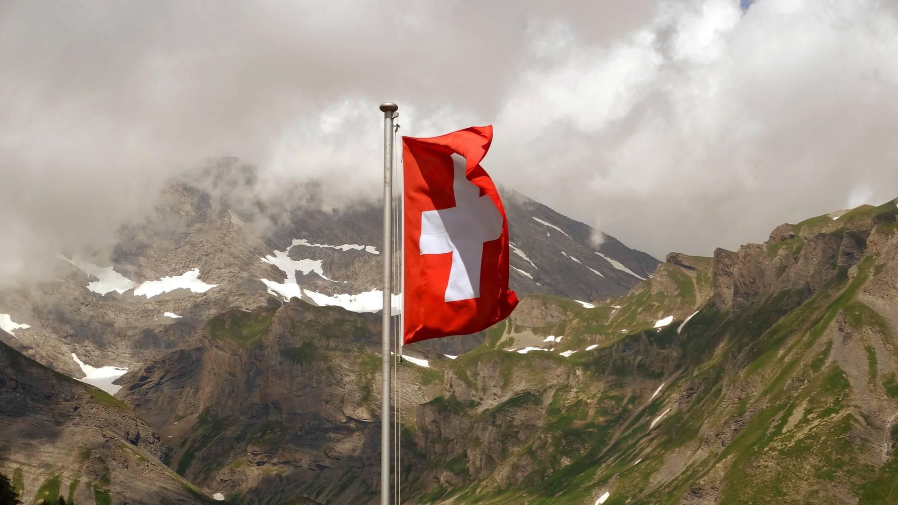 Teste dein Wissen über die Schweiz im Quiz.