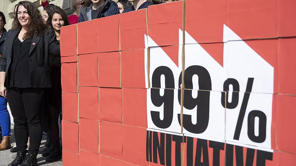 Am Dienstag berät der Ständerat die 99-Prozent-Initiative der Juso. Bundesrat und Nationalrat lehnen ab. (Archivbild)