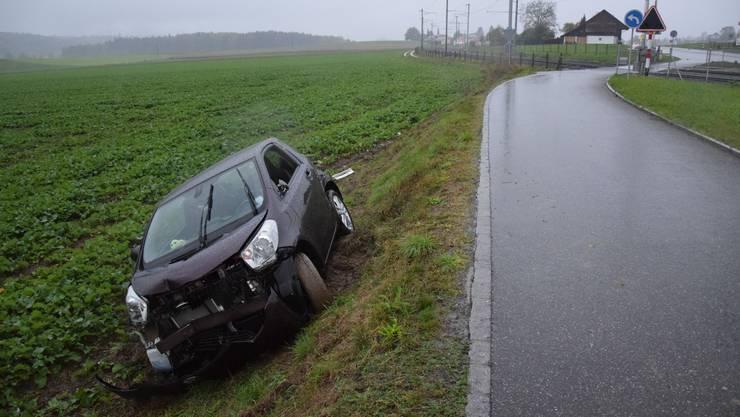 Eine alkoholisierte Autolenkerin hat am frühen Samstagmorgen in Biberist einen Selbstunfall verursacht.