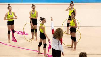 Die jungen Gymnastinnen trainieren sechs Tage pro Woche für ihren grossen Traum: Olympia 2024.