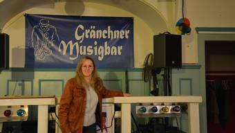 Monica Aeschbacher und der «Verein Gränchner Musigbar» müssen ihre Banderole nun doch nicht einholen.