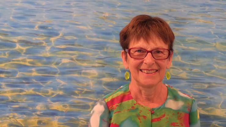 Nora Vest zeigt unter anderem Werke aus ihrer Wasser-Serie und aus ihrer Raum-Serie.