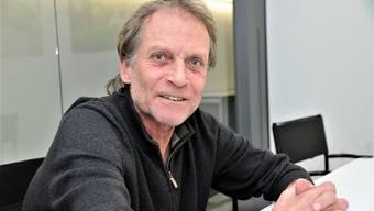 «Immer wieder versucht , die Rolle des Brückenbauers zu spielen – und vielfach ist es auch ganz gut gelungen.» Pro-Aarau-Präsident Ueli Hertig verlässt nach 17 Jahren den Einwohnerrat.