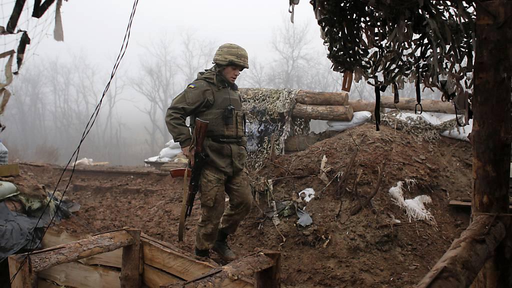 Ukraine-Konflikt: Neue Waffenruhe im Donbass hält bisher