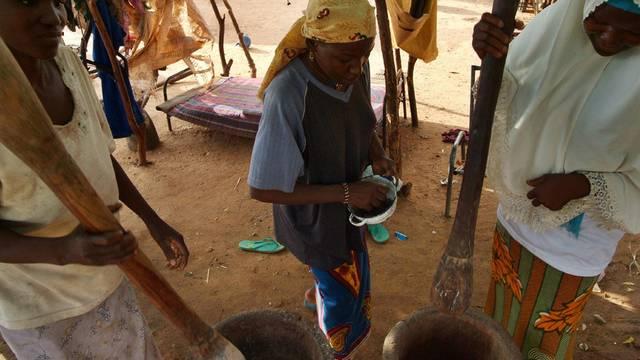Auch der Niger ist von einer Nahrungsmittelknappheit bedroht (Archiv)