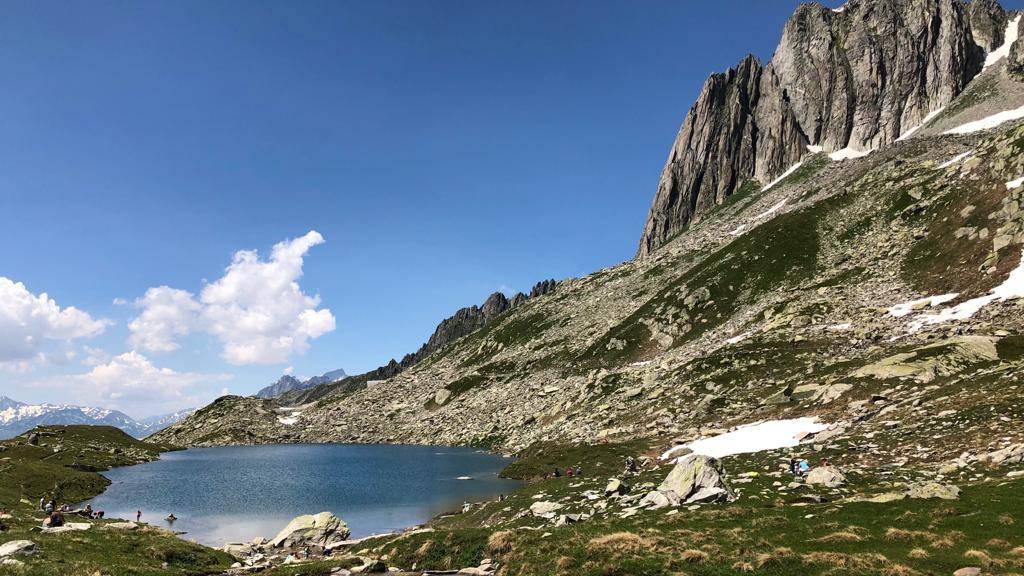 Ferientipp: Vom Oberalppass auf den Schneehüenerstock