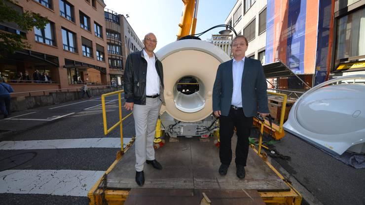 Dr. Heinz Schönhofen (links) und pract med. Thomas Joder haben das dritte radiologische Zentrum in Baden eröffnet.