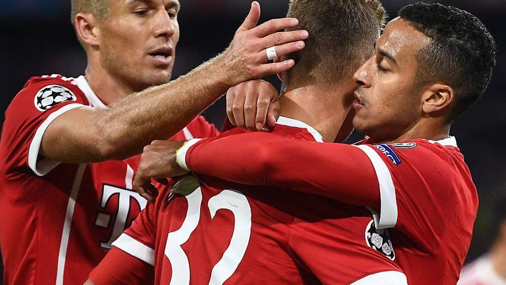 Auch nach Thiagos Tor zum 2:0 mag bei den Bayern nicht so richtig Freude aufkommen