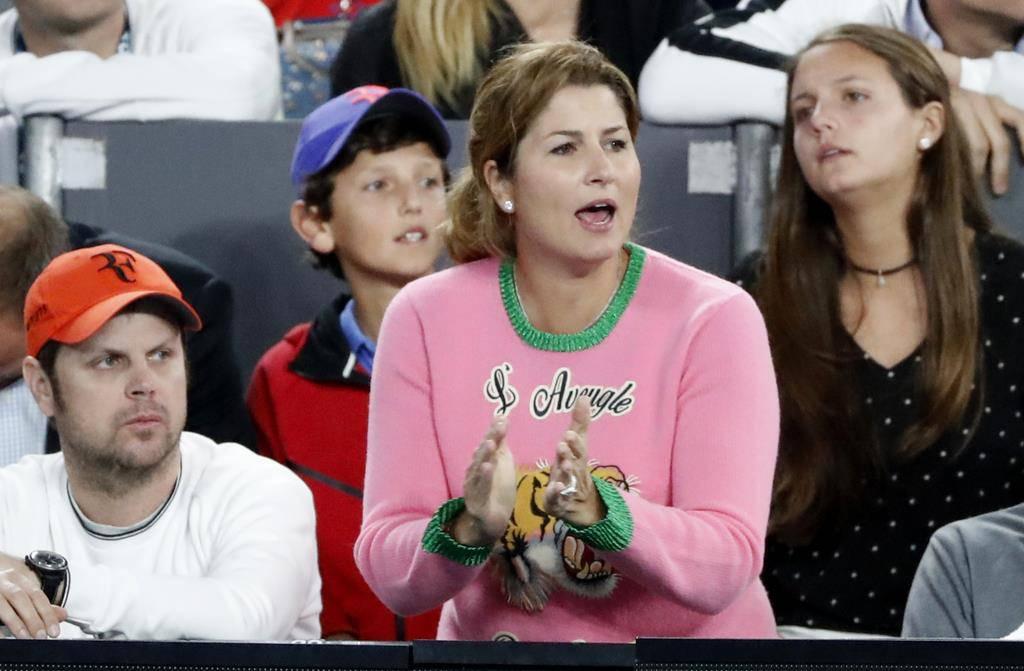 Die Frau von Federer, Mirka, war voll dabei (© Keystone)