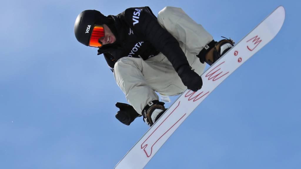Pat Burgener erlöst Schweizer Halfpipe-Snowboarder