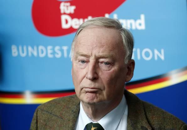 Alexander Gauland (Jg. 1941) war einmal Mitglied der CDU – 2013 trat er der AfD bei. Heute ist er einer von zwei Partei- und Fraktionsvorsitzenden und – mit Alice Weidel – Oppositionsführer im Bundestag.