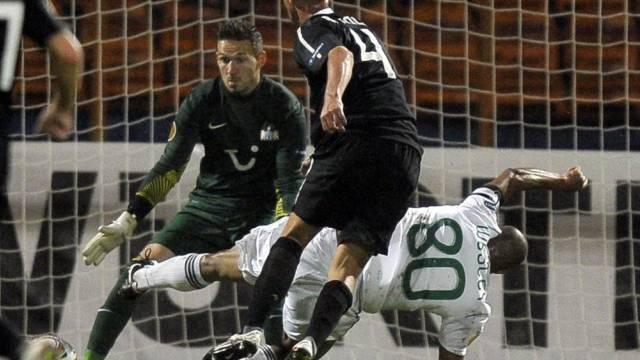 """Foul, Rot, Penalty: Die umstrittene Szene mit """"Sünder"""" Raphael Koch"""