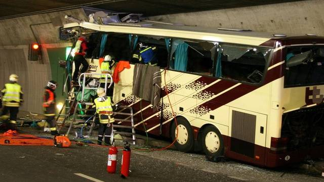 Sieben Ermittler weilen in Belgien und untersuchen das Busunglück (Archiv)
