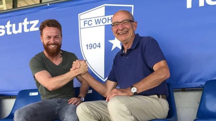 Dylan Stadelmann (rechts Präsident Lucien Tschachtli) ist zurück in Wohlen