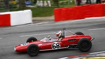 Der Urdorfer Bruno Weibel gewinnt die FIA Formel Junior.