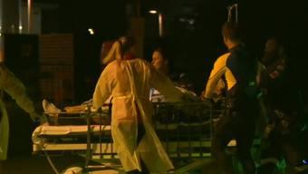 Der Mann wurde ins Spital transportiert. Dort erlag er seinen Verletzungen.