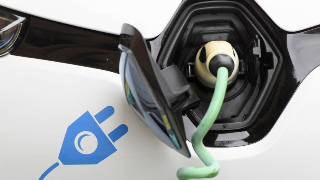 Lausanne setzt auf Elektromobilität. Verbrennerfahrzeuge sollen ab 2030 nicht mehr zum Stadtbild gehören.