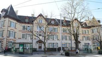 Bedrohter billiger Wohnraum am Tellplatz im Basler Gundeli. Kenneth Nars