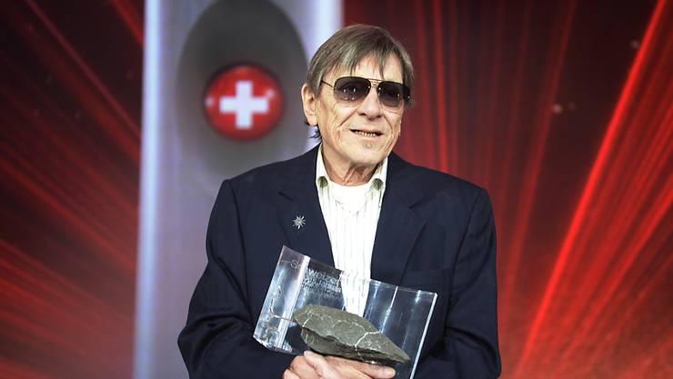 """Im Januar 2016 erhielt der Berner Künstler die Auszeichnung """"Schweizer des Jahres"""", am Samstag ist Polo Hofer 72-jährig gestorben. (Archivbild)"""