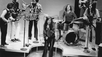 ARCHIV - Die US-amerikanische Sängerin Janis Joplin (M). Ihre gewaltige Blues-Stimme und explosive Bühnen-Performance faszinieren bis heute. Foto: -/Keystone/dpa