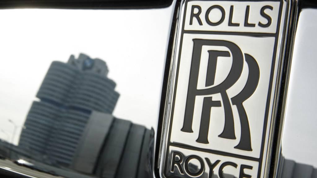 Die BMW-Tochter Rolls-Royce wird bis 2030 zur reinen Elektromarke. Zu dem Zeitpunkt werde der Edelwagenhersteller keine Autos mehr mit Verbrennungsmotor produzieren und verkaufen. (Archivbild)