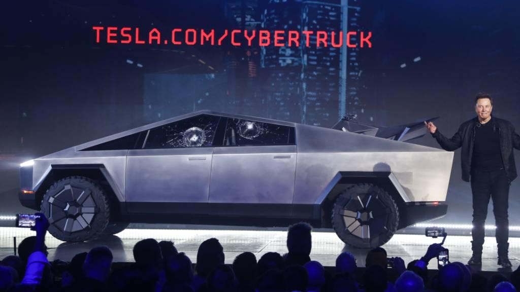Tesla stellt futuristischen Elektro-Pickup vor