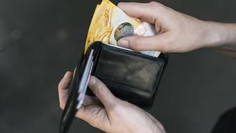 Das Lohnwachstum ist beim Kanton Aargau mit zuletzt mehreren Nullrunden im Vergleich zu umliegenden Kantonen 2,7 Prozent tiefer gewesen.  (Themenbild)