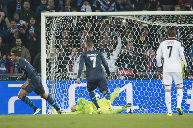 Danilo trifft vom Penaltypunkt zum Ausgleich
