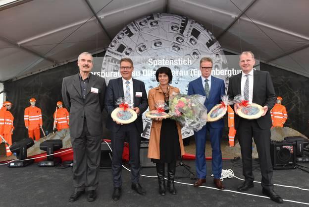 In Anwesenheit von Doris Leuthard fand im Mai 2015 der Spatenstich für den Vierspurausbau zwischen Aarau und Olten statt.