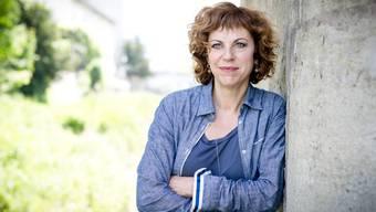 Sabine Boss an der Sihl, quasi vor ihrer Haustüre in Zürich.