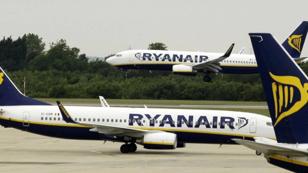 Flugzeuge von Ryanair am Flughafen Stansted. (Archiv)